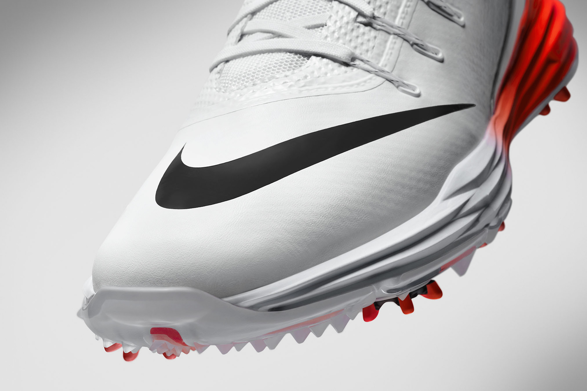 Rory's new Nike Lunar Control 4 Golf Shoes