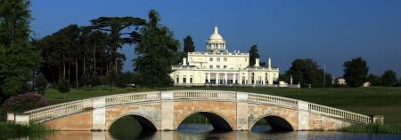 Stoke Park wins Gold Flag