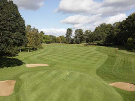 Golf Clubs selling land