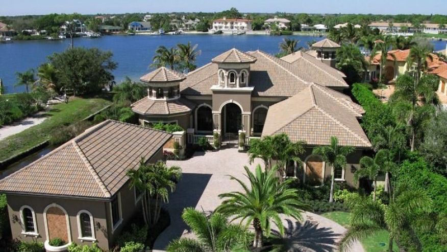 Mark Calcavecchia's Mansion