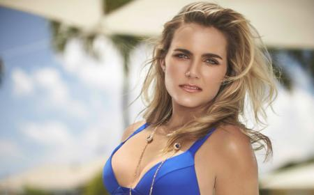 Lexi Thompson Exclusive photo shoot