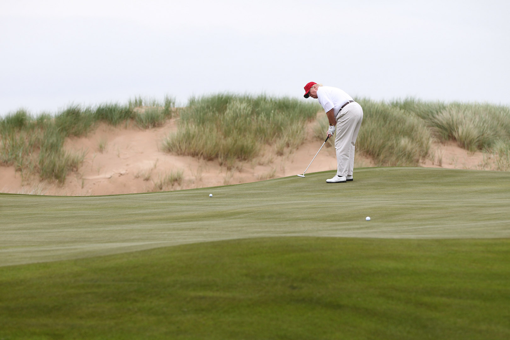 Win a round of golf with Donald Trump