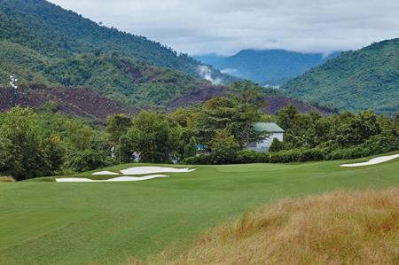 Luke Donald designs his first course in Vietnam