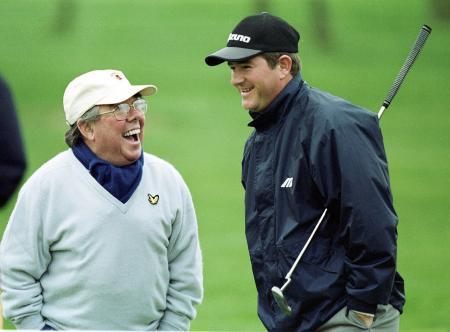Legendary comedian and golf nut Ronnie Corbett dies aged 85
