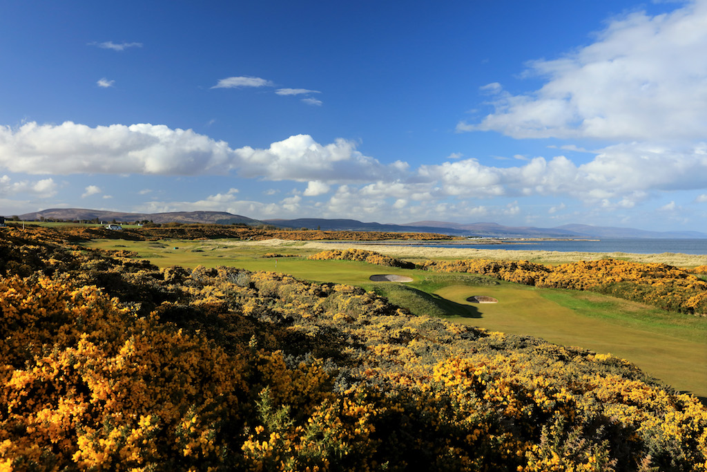 Visit Scotland run golf poll
