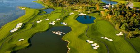 Justin Timberlake goes golfing in Stockholm
