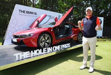 James Morrison aces to win BMW