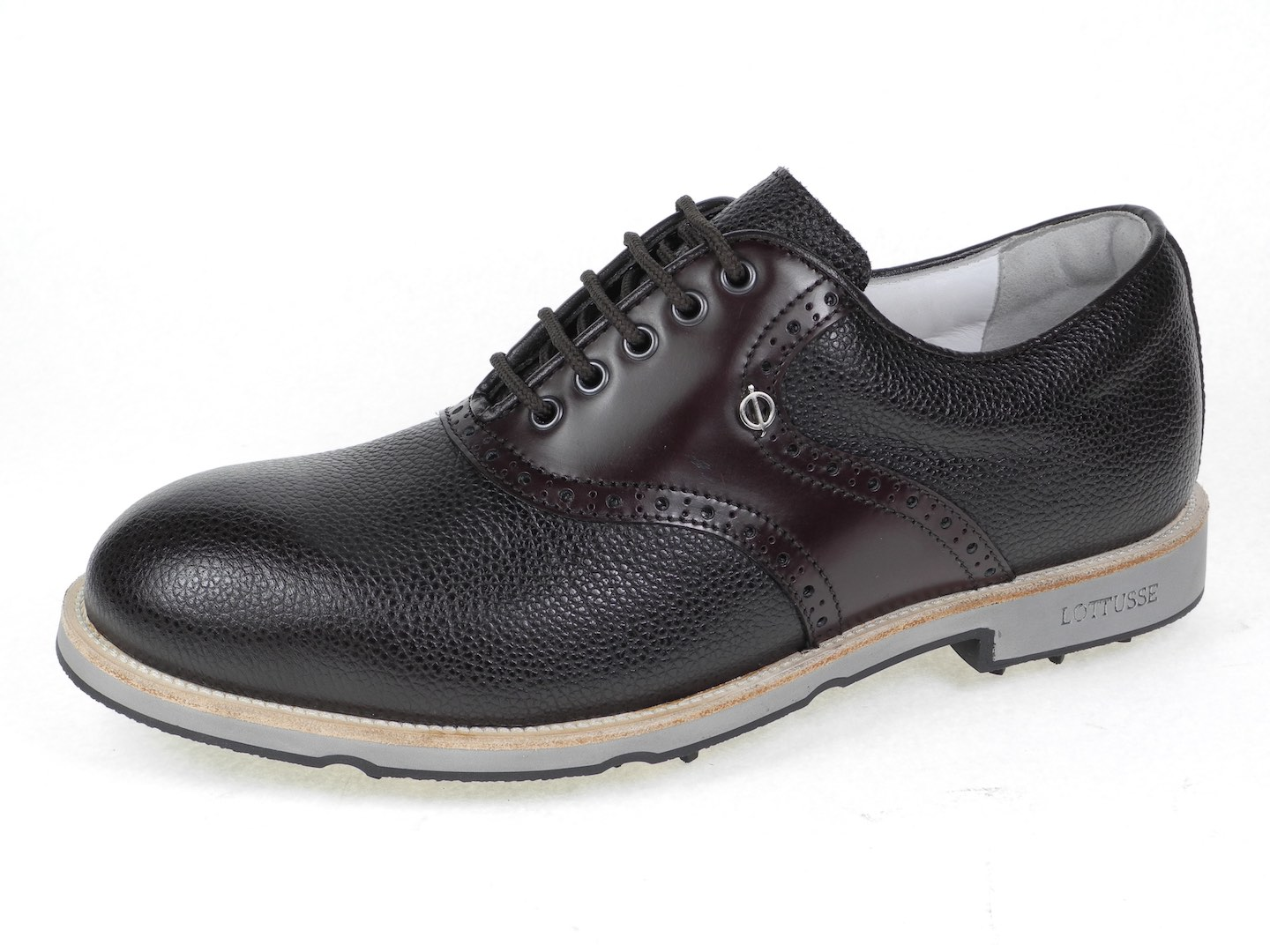 Oscar Jacobson launch new shoes