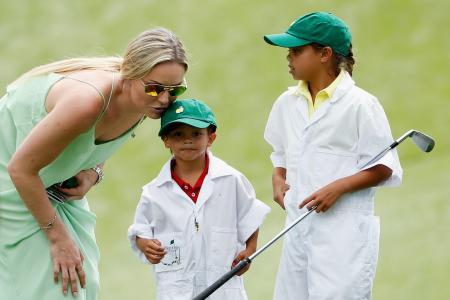 Tiger Woods and Lindsey Vonn nude pictures taken down