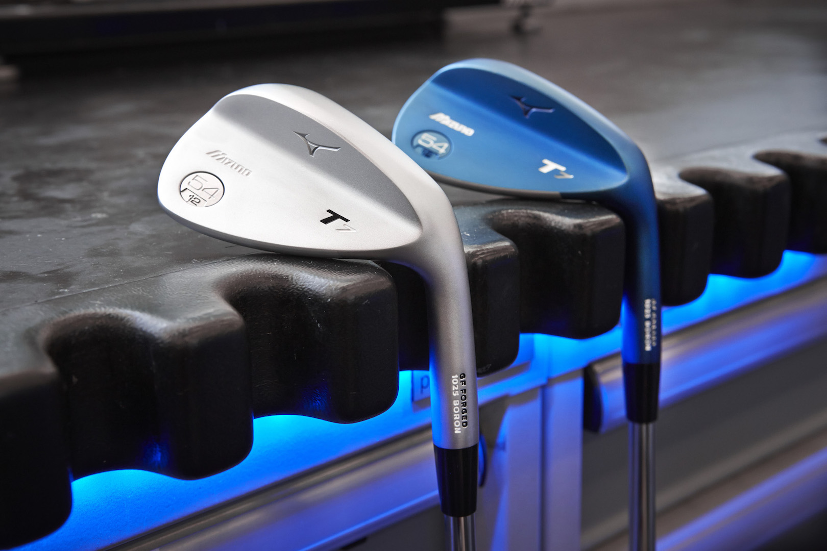 Mizuno's brand new T7 wedge