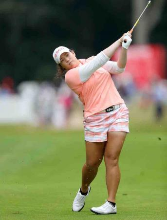 Ariya Jutanugarn leads the Ricoh Women's British Open