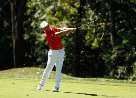Bryson DeChambeau on his golf clubs