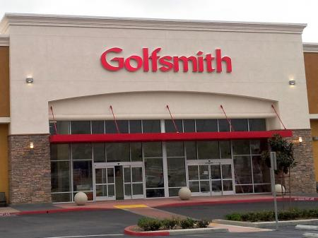 Big beasts set to enter bidding war for GolfSmith