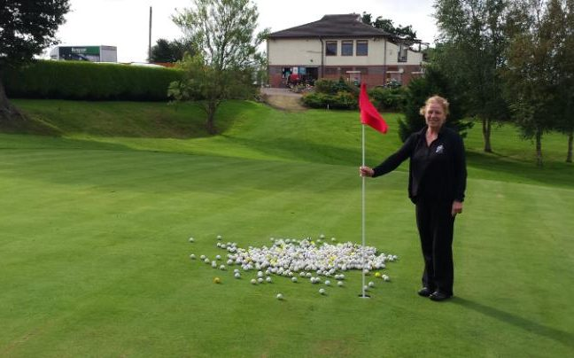 Police let thieves get away with stealing golf balls