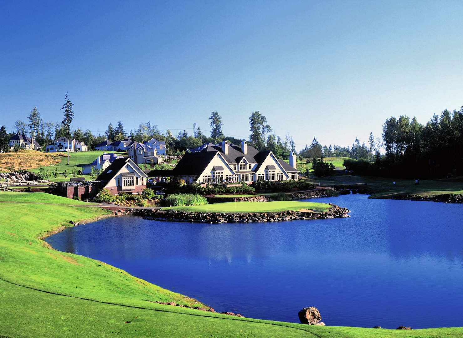 Oki Golf Sells Up For 137 000 000 00 Golfpunkhq