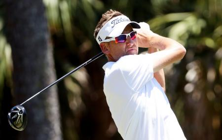 Ian Poulter back with a bang at Macau Open