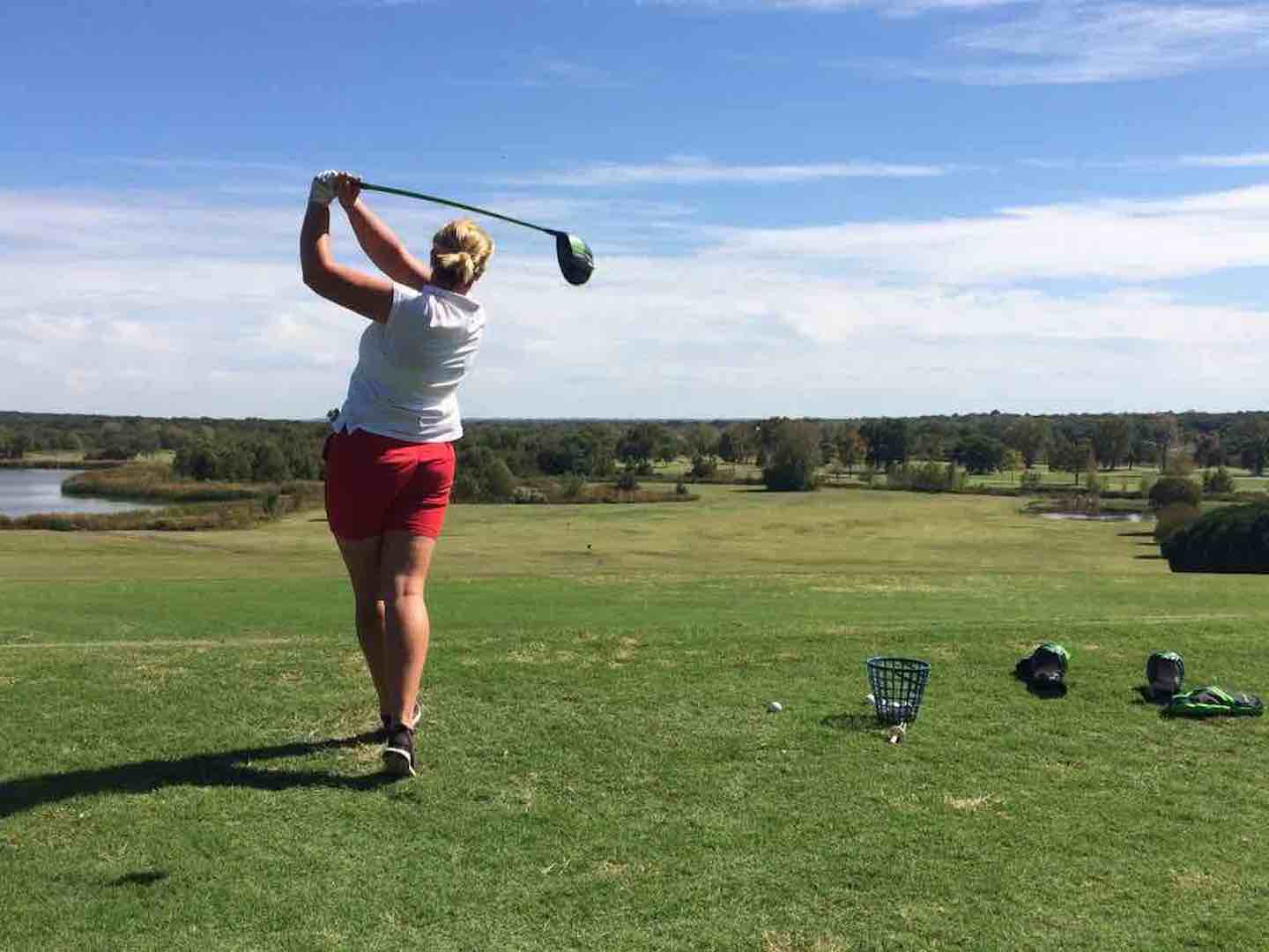 UK woman's long drive champ finishes 3rd in World Finals