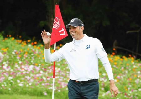 Matt Kuchar misses out on Cadillac for hole in one