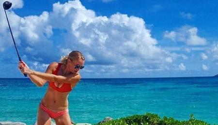 Carol Wozniaki's Necker Island bikini golf caper