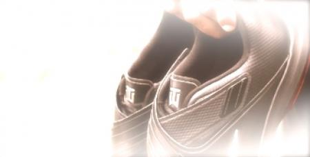 Tiger debuts new Nike footwear