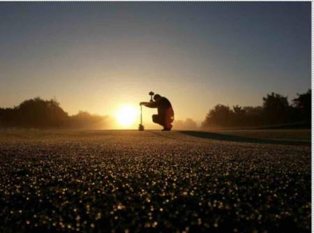 Dawn photo wins greenkeeper photo comp