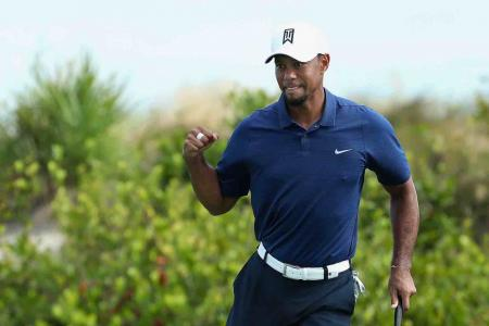 Tiger goes low at the Hero World Challenge
