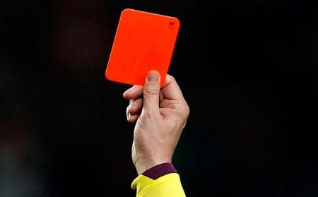Should golf introduce Red Cards?
