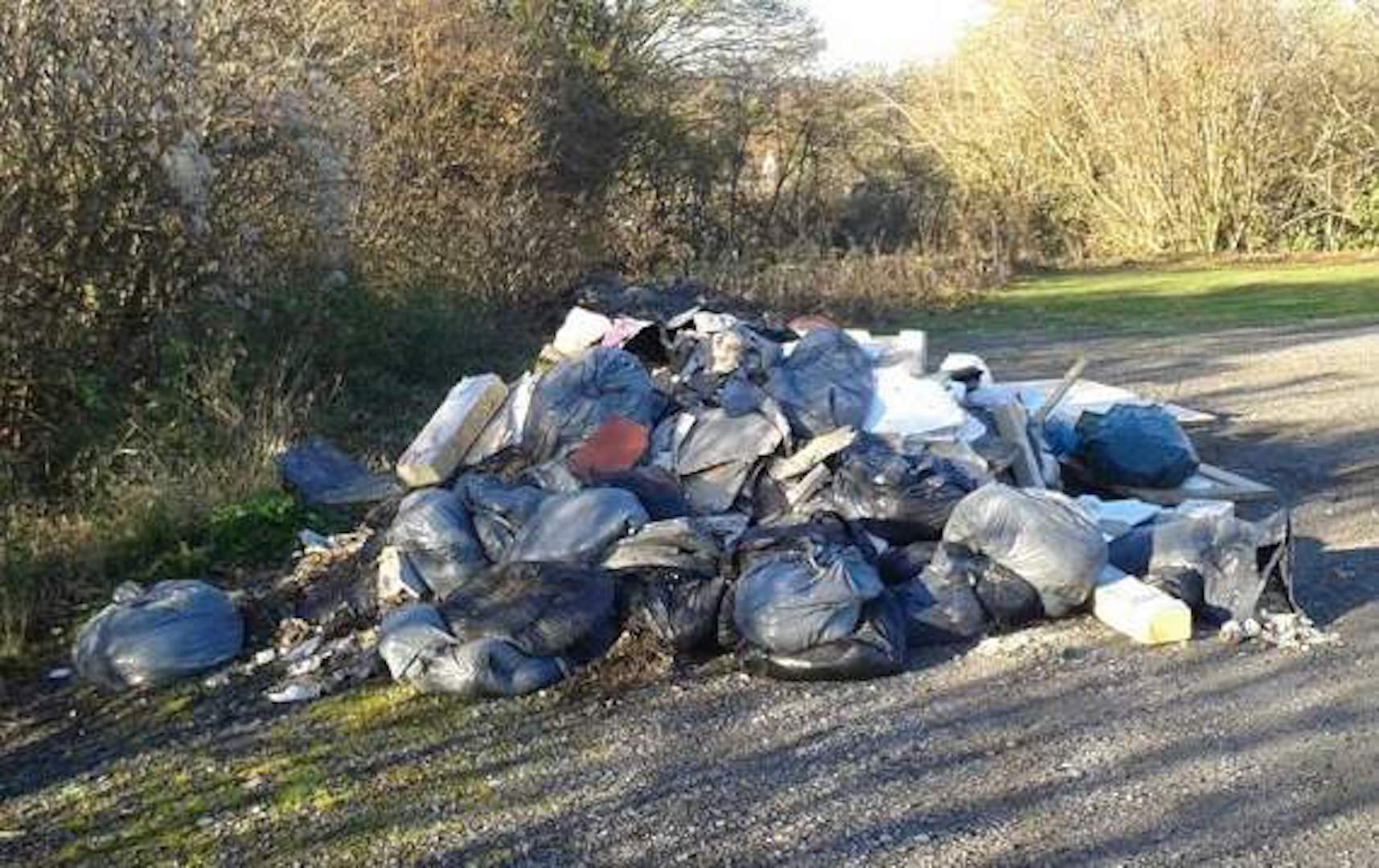 Golf Clubs must beware of fly–tippers