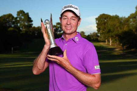 Brett Rumford wins inaugural World Super 6