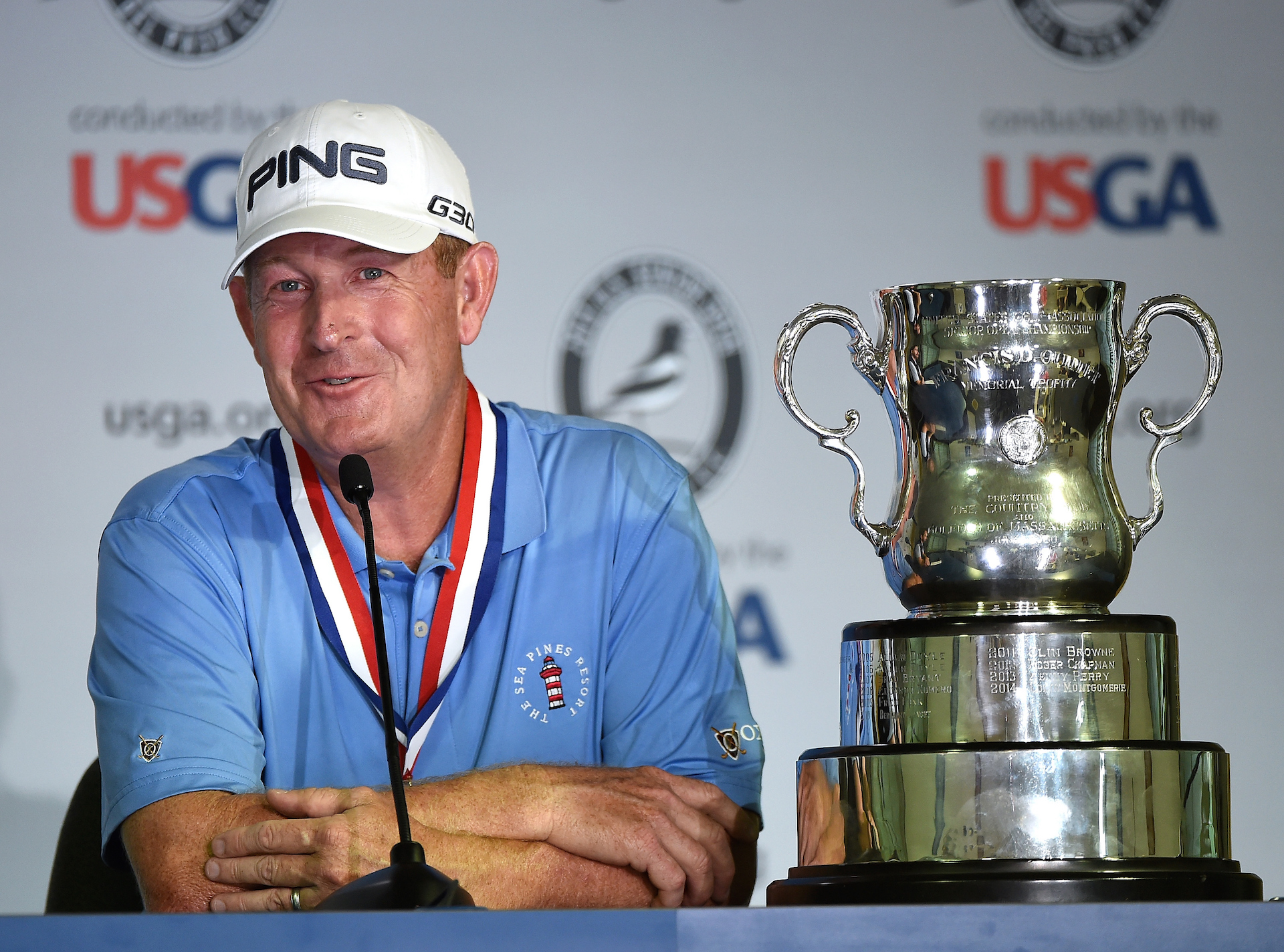 Maggert takes title from Monty