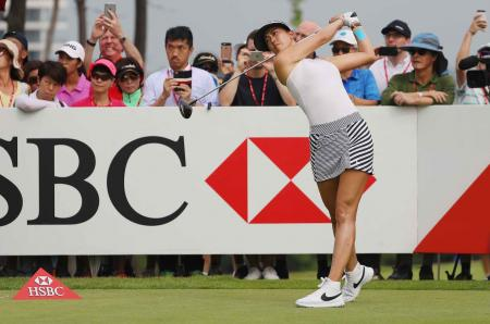 Michelle Wie takes the lead