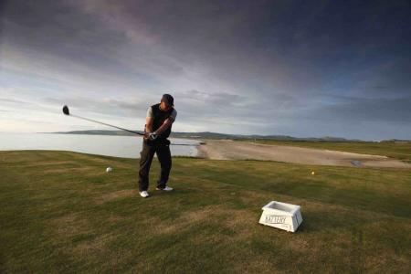 Visit Scotland run golf poll