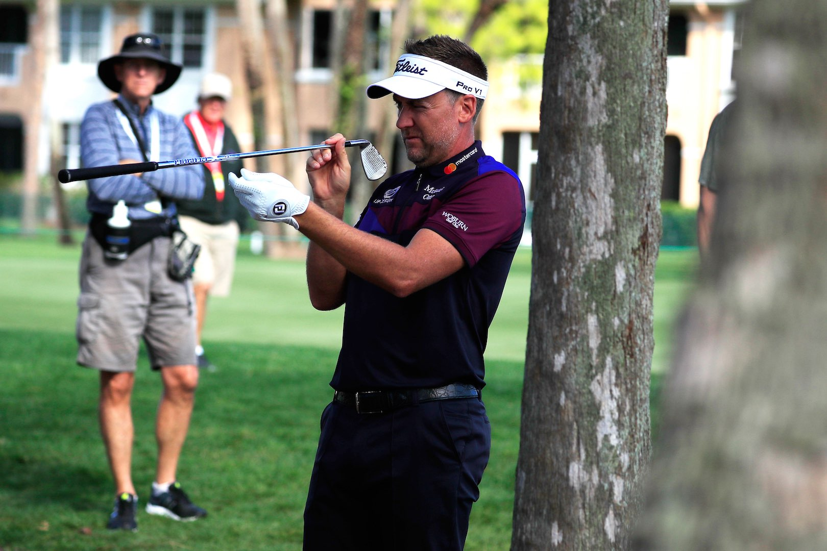 Ian Poulter fires 67 in tour card rescue latest