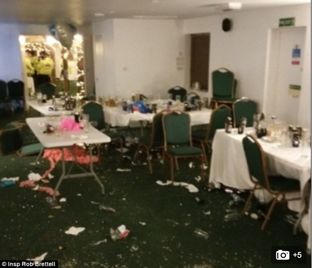 Travellers wreck 17th century golf club house