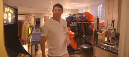 Access all areas at Padraig Harrington's house!