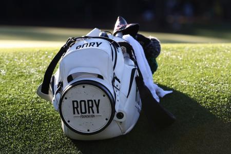 Late gear change for Rory