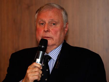 Peter Alliss under fire for sexist comments