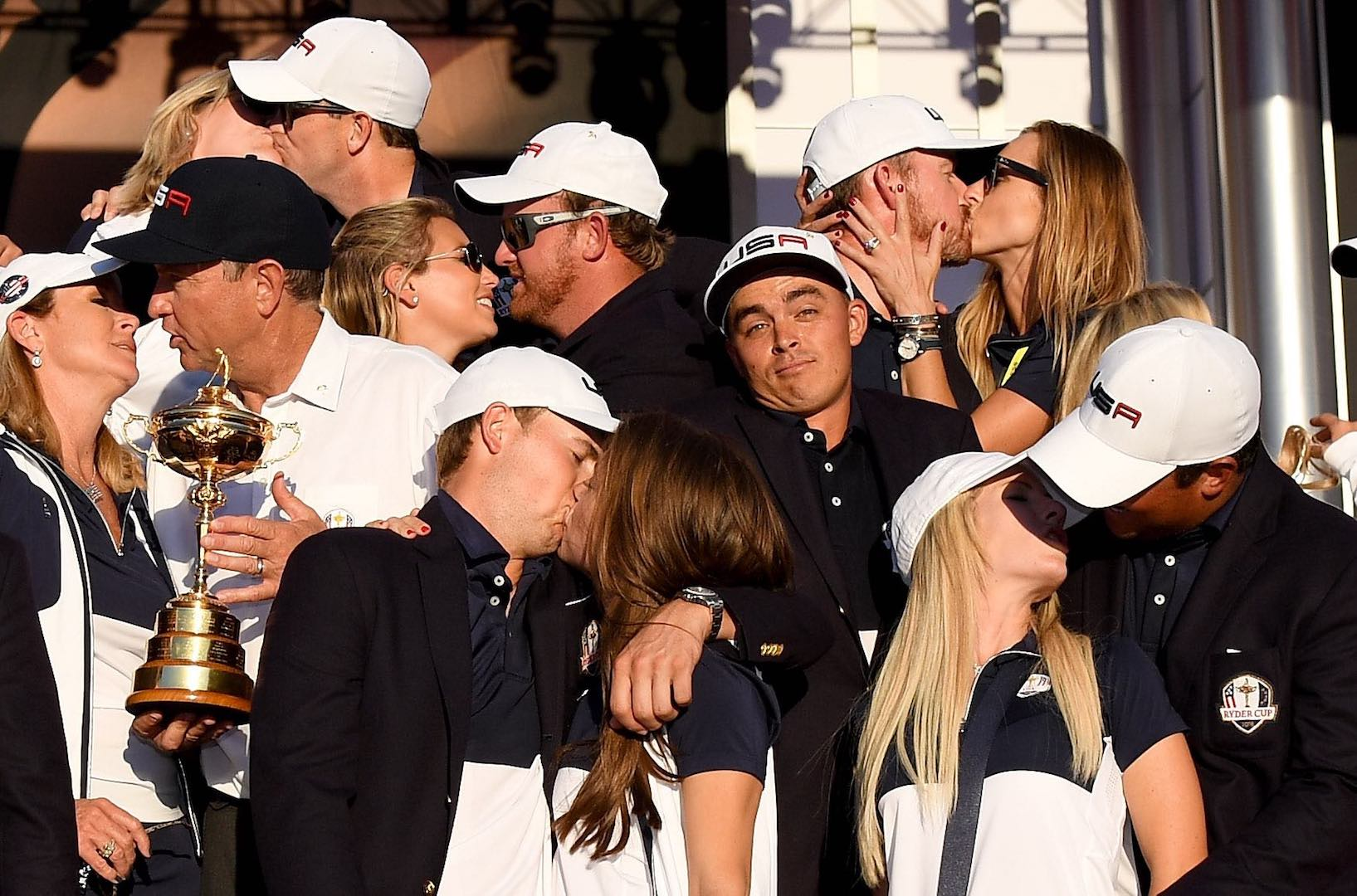 Rickie Fowler recreates famous RC WAG picture