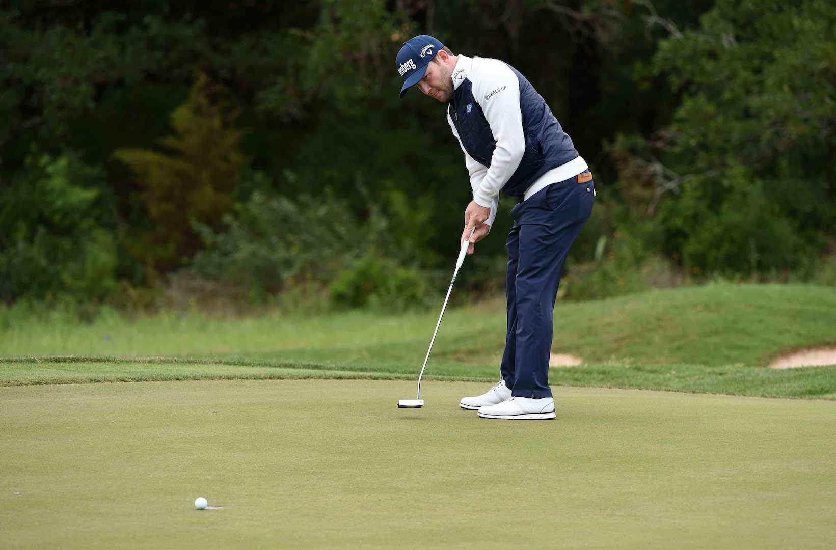 Chappell takes narrow lead in Texas