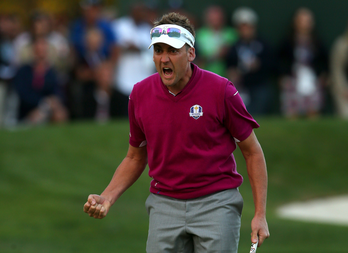 Ian Poulter retains Tour card