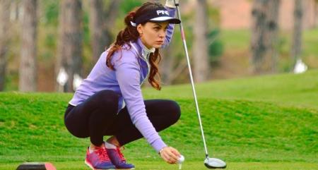 The golfing adventures of Maria Orlova