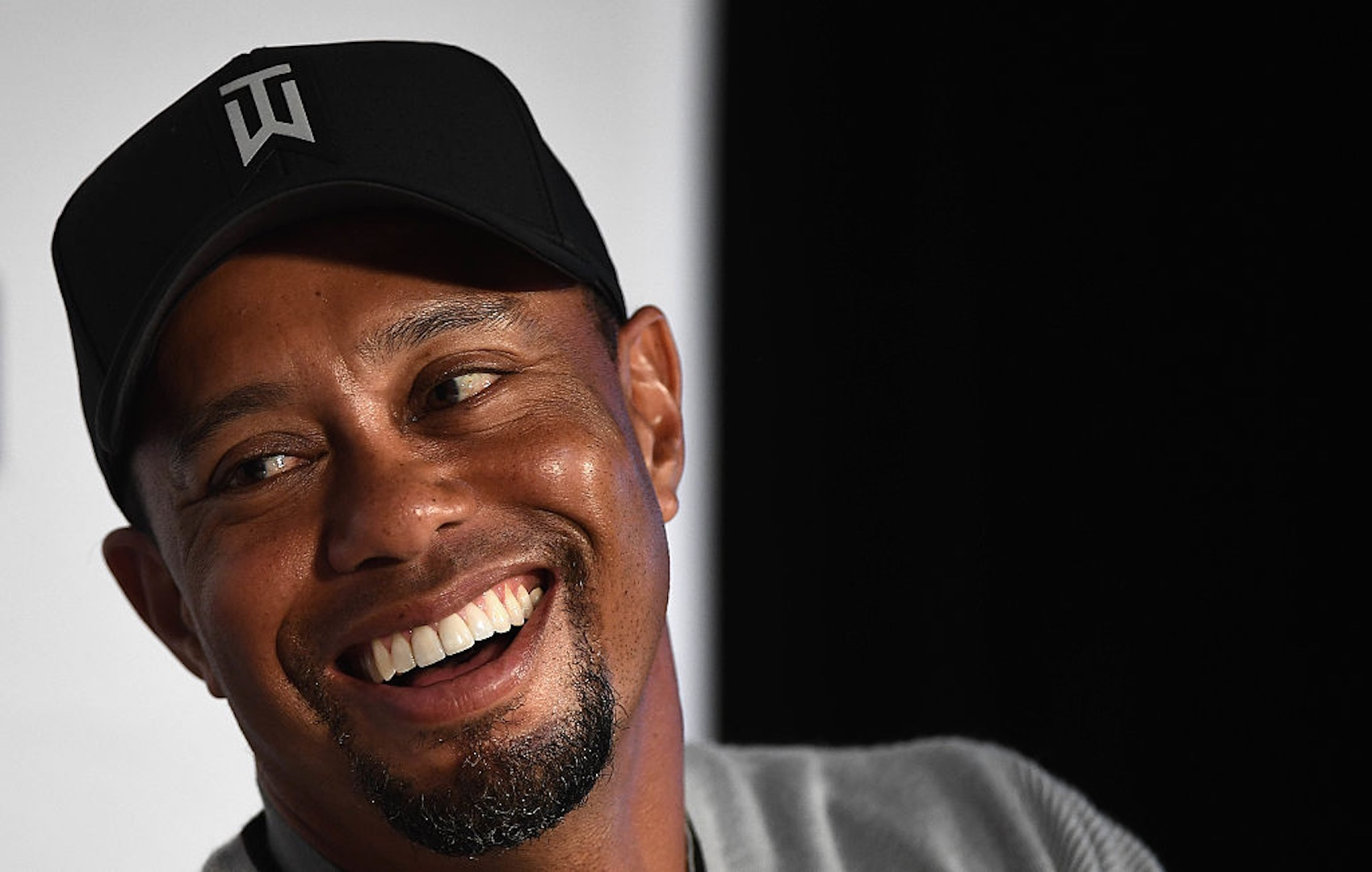 Watch Tiger Woods slamming driver