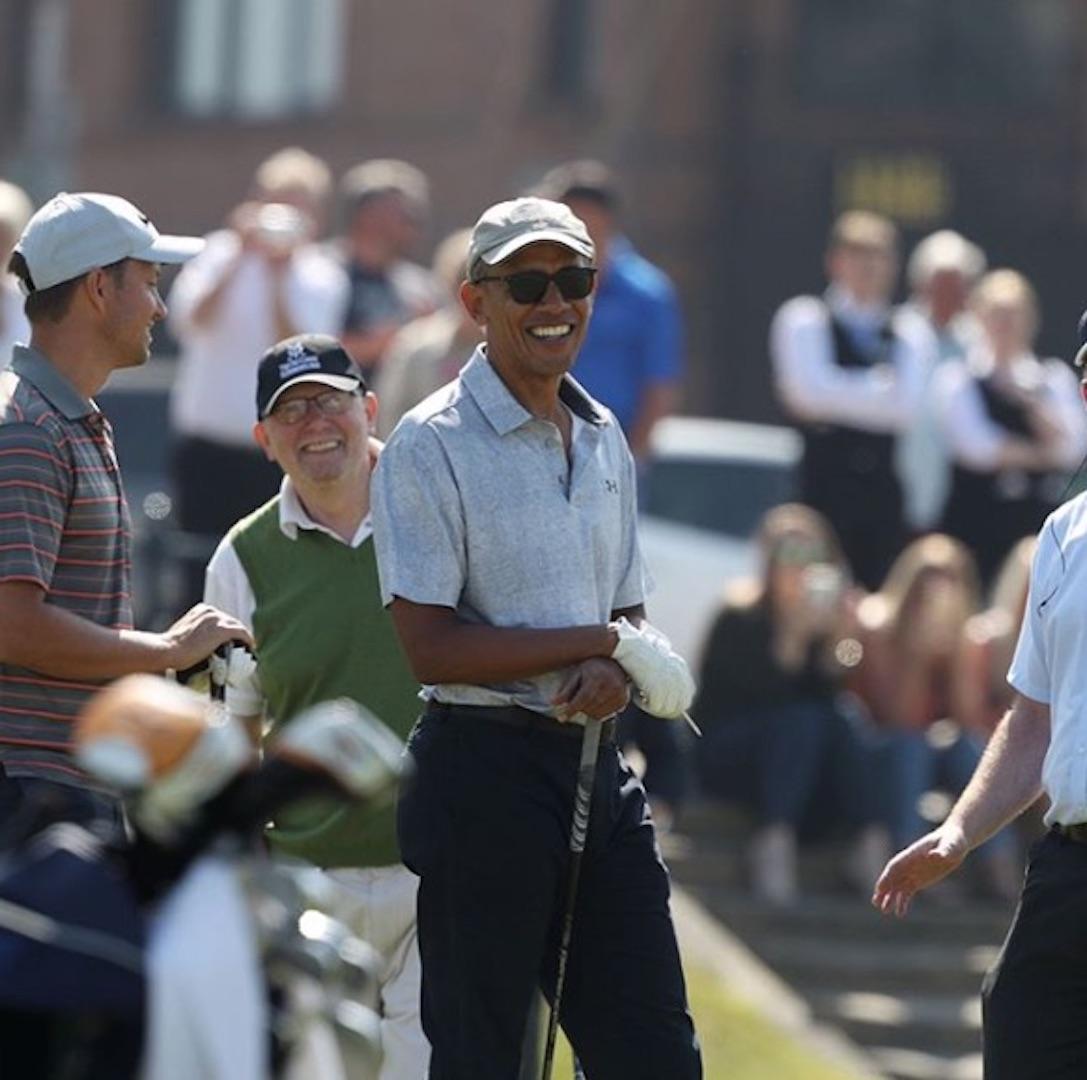 Barack Obama tees it up