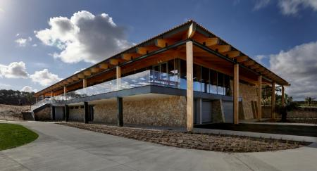 West Cliffs open new eco clubhouse