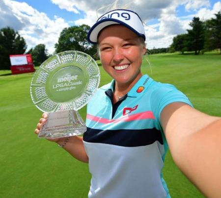 Brooke Henderson Super Happy