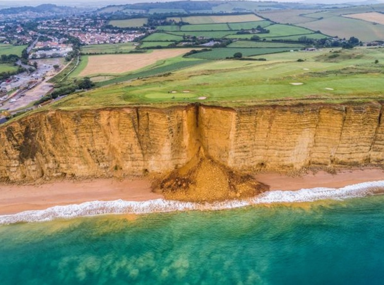 Cliffhanger! Dorset golf course falls into ocean
