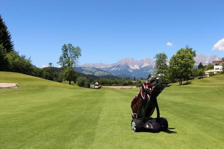 Stewart Golf provide Europe's first fleet