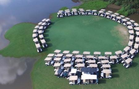 Texan golf course saves its golf carts from Hurricane