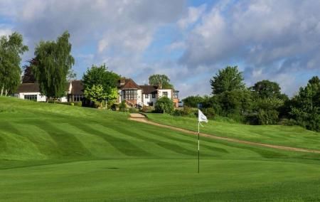 Man fights to keep murderer who disposed of body on golf course