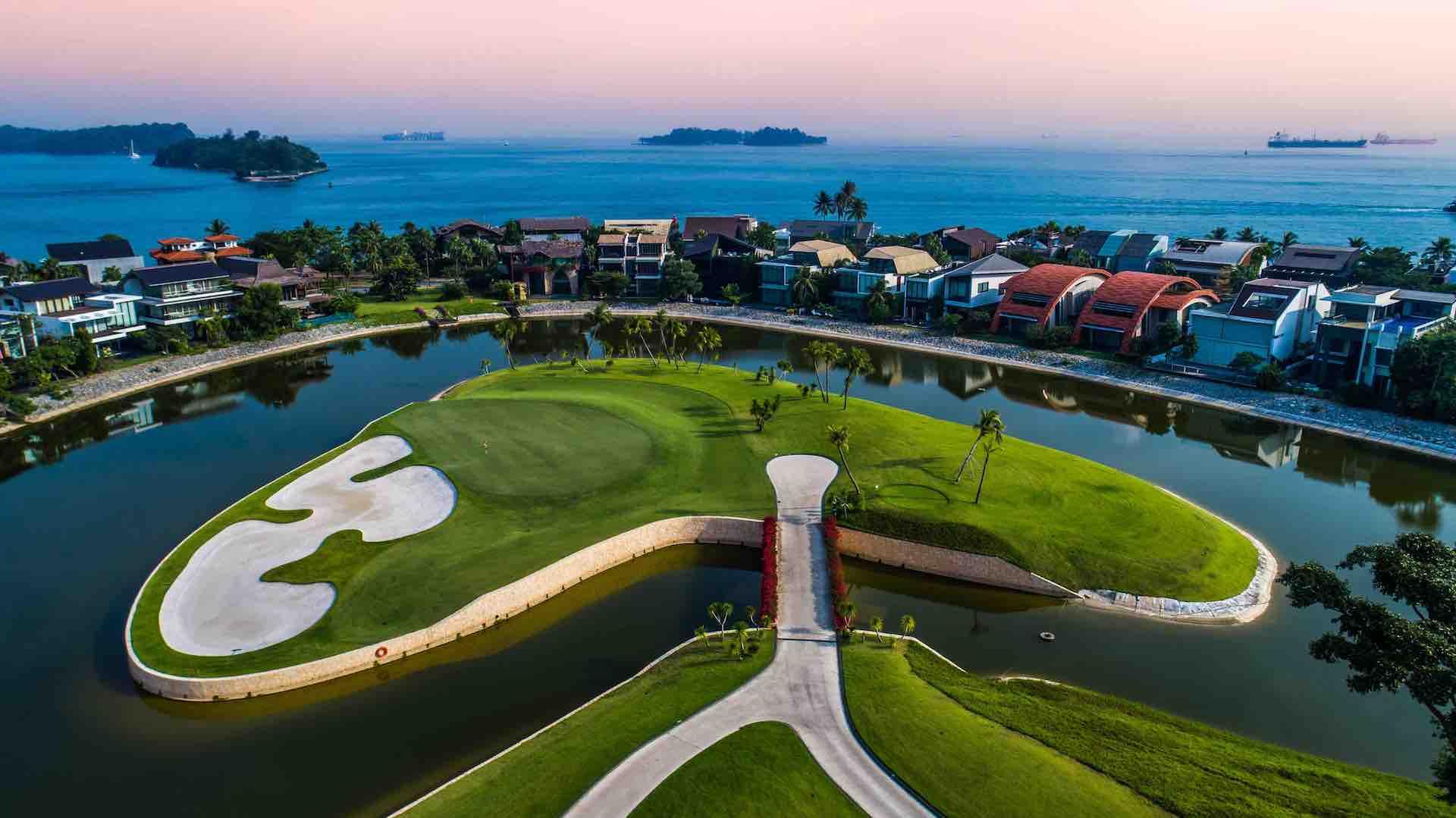 GolfPorn - it's Sentosa time